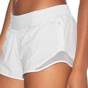 LULULEMON white hotty hot Shorts 10